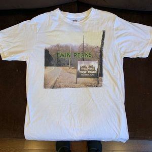 Urban Outfitters Mens Medium Twin Peaks T-shirt